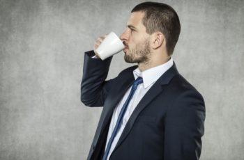 """3 Razões Pelas Quais o """"Café-À-Prova-De-Balas"""" É uma Má Ideia"""