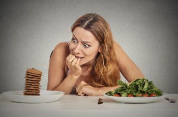17 alimentos saudáveis para comer quando bater a compulsão