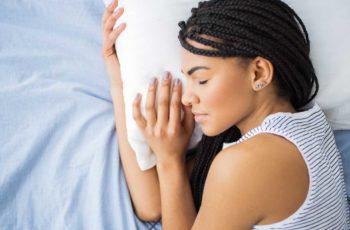 9 auxílios naturais ao sono que são apoiados pela ciência