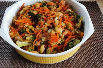 Vegetais ao molho chinês