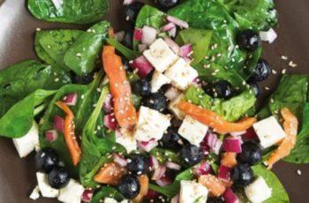 Salada de espinafre e Salmão